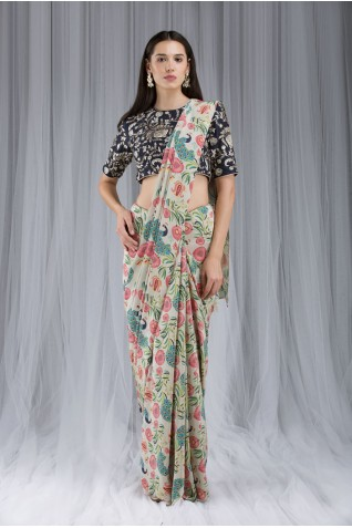 http://www.payalsinghal.com/collection/PS-DF018a0.jpg