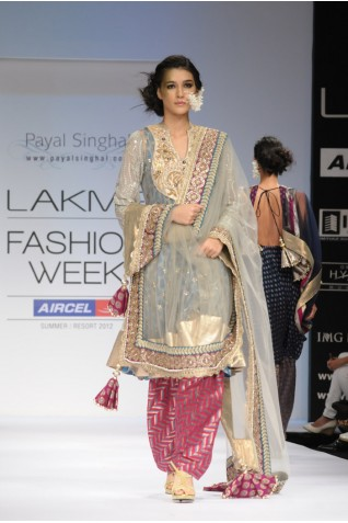 https://www.payalsinghal.com/collection/PS-FW140a0.jpg