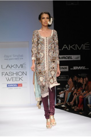 https://www.payalsinghal.com/collection/PS-FW142a0.jpg