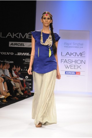 https://www.payalsinghal.com/collection/PS-FW148a0.jpg