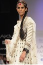 Payal Singhal Indian Wear Collection : ECRU KERI KURTA