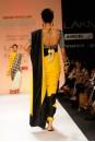 Payal Singhal Sarees Collection : SURAIYA SAREE