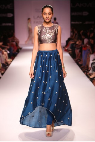 http://www.payalsinghal.com/collection/PS-FW278a0.jpg