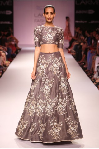 http://www.payalsinghal.com/collection/PS-FW284a0.jpg