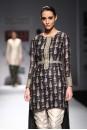 Payal Singhal Indian Wear Collection : CHINAR  KURTA SET
