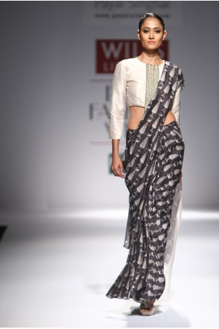 https://www.payalsinghal.com/collection/PS-FW294a0.jpg