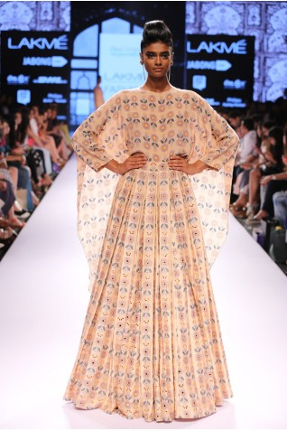http://www.payalsinghal.com/collection/PS-FW303a0.jpg