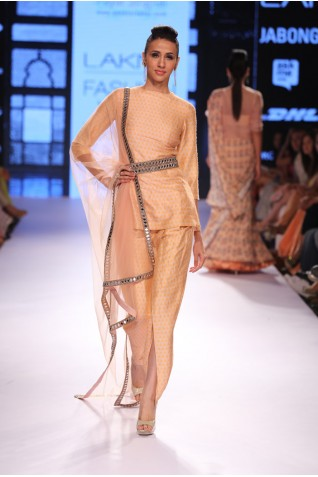 http://www.payalsinghal.com/collection/PS-FW306a0.jpg
