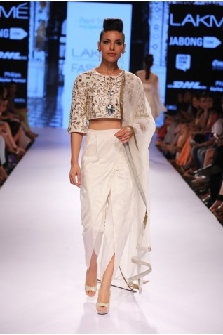http://www.payalsinghal.com/collection/PS-FW311a0.jpg