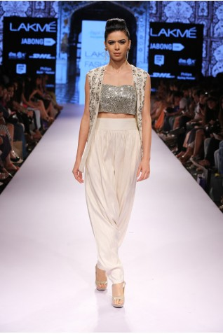 http://www.payalsinghal.com/collection/PS-FW314a0.jpg