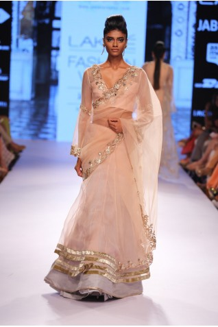 http://www.payalsinghal.com/collection/PS-FW319a0.jpg