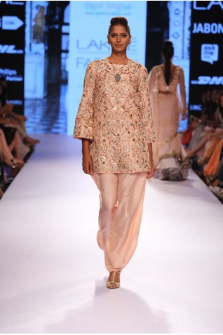 http://www.payalsinghal.com/collection/PS-FW320a0.jpg