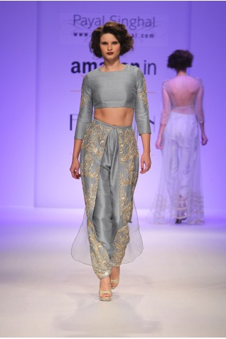 http://www.payalsinghal.com/collection/PS-FW334a0.jpg