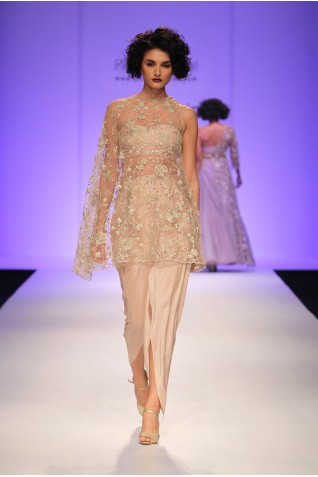 http://www.payalsinghal.com/collection/PS-FW338a0.jpg