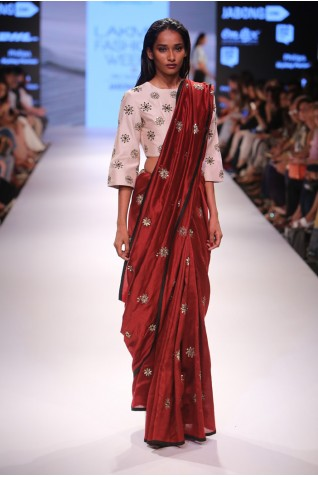 http://www.payalsinghal.com/collection/PS-FW369a0.jpg