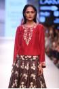 Payal Singhal Bridal Wear Collection : NAGMEH LEHENGA