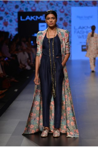 https://www.payalsinghal.com/collection/PS-FW373a0.jpg