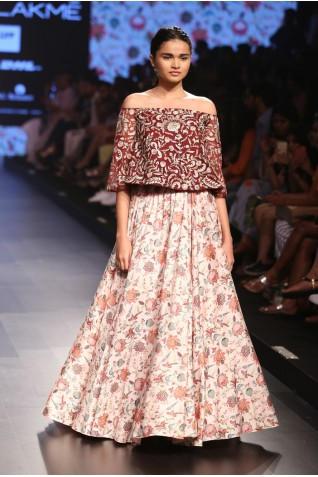 http://www.payalsinghal.com/collection/PS-FW377a0.jpg