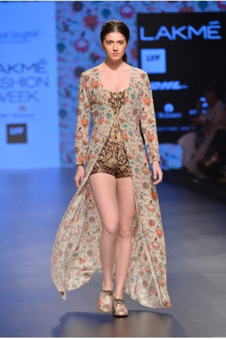 http://www.payalsinghal.com/collection/PS-FW378a0.jpg