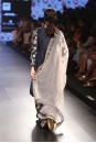 Payal Singhal Indian Wear Collection : GAYATRI