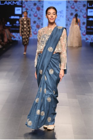 http://www.payalsinghal.com/collection/PS-FW389a0.jpg