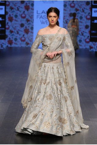 https://www.payalsinghal.com/collection/PS-FW393a0.jpg
