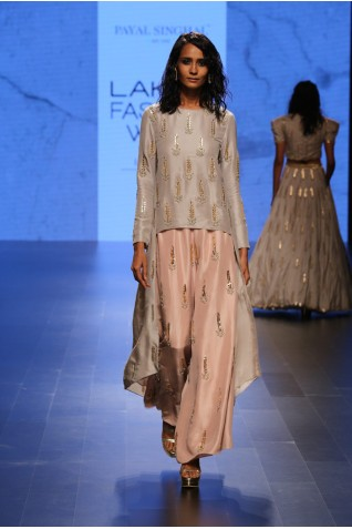 http://www.payalsinghal.com/collection/PS-FW397a0.jpg