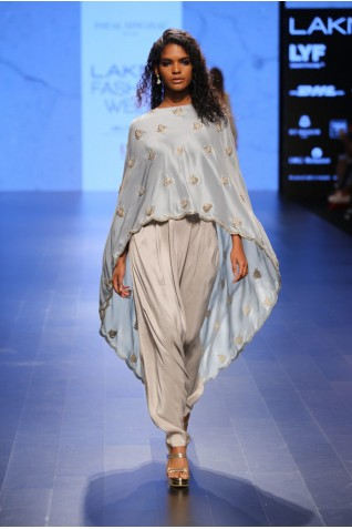 http://www.payalsinghal.com/collection/PS-FW405a0.jpg