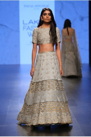 http://www.payalsinghal.com/collection/PS-FW407a0.jpg