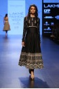 Payal Singhal Bridal Wear Collection : ZOHRA