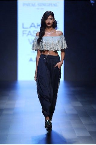 http://www.payalsinghal.com/collection/PS-FW425a0.jpg