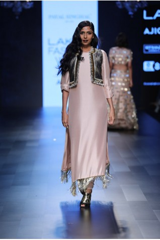 https://www.payalsinghal.com/collection/PS-FW434a0.jpg