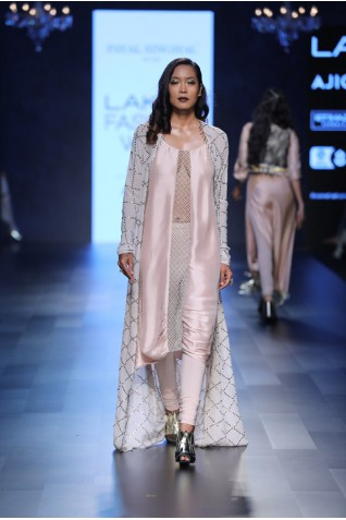 http://www.payalsinghal.com/collection/PS-FW435a0.jpg
