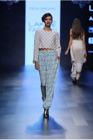 http://www.payalsinghal.com/collection/PS-FW437a0.jpg
