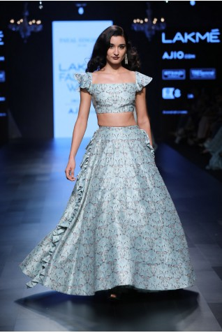 http://www.payalsinghal.com/collection/PS-FW442a0.jpg