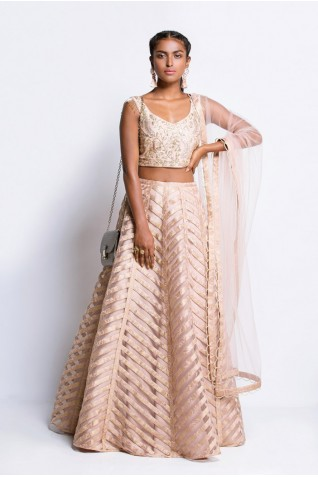 https://www.payalsinghal.com/collection/PS-FW443Ba0.jpg