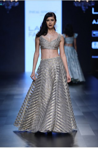 https://www.payalsinghal.com/collection/PS-FW443a0.jpg