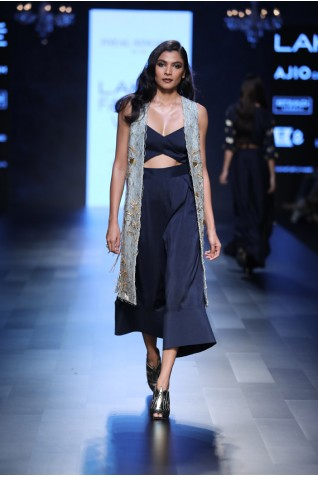 https://www.payalsinghal.com/collection/PS-FW447a0.jpg