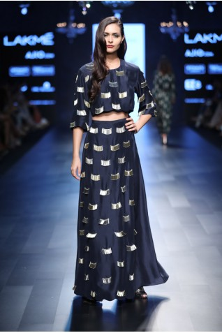https://www.payalsinghal.com/collection/PS-FW451a0.jpg