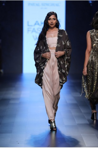 http://www.payalsinghal.com/collection/PS-FW454a0.jpg