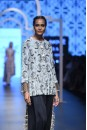Payal Singhal Off The Runway Collection : OMERA JANNAT PRINT PEPLUM TOP AND LOW CROTCH PANTS