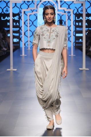 https://www.payalsinghal.com/collection/PS-FW475a0.jpg
