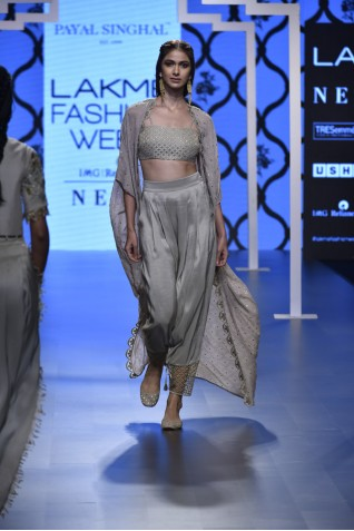 http://www.payalsinghal.com/collection/PS-FW476a0.jpg