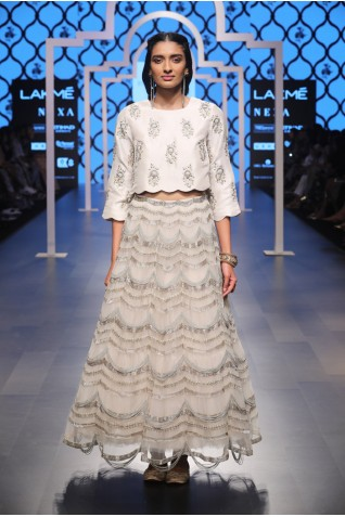 http://www.payalsinghal.com/collection/PS-FW484a0.jpg