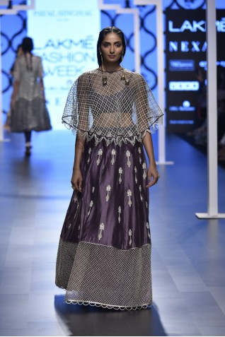 http://www.payalsinghal.com/collection/PS-FW491a0.jpg