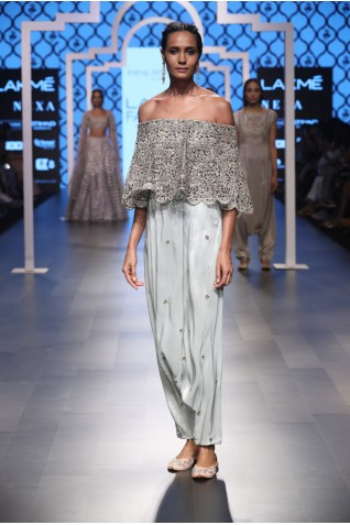 http://www.payalsinghal.com/collection/PS-FW498a0.jpg
