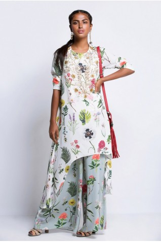 https://www.payalsinghal.com/collection/PS-ST0871Ja0.jpg