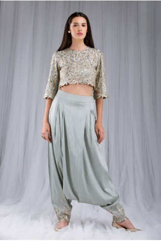 http://www.payalsinghal.com/collection/PS-ST0992a0.jpg