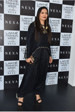 https://www.payalsinghal.com/collection/PS-ST1123a0.jpg