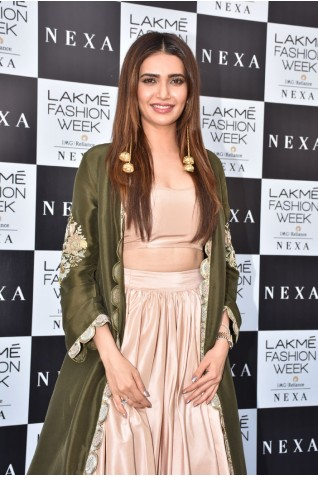 https://www.payalsinghal.com/collection/PS-ST1125a0.jpg